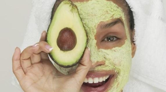 avokado maskesi nasıl yapılır